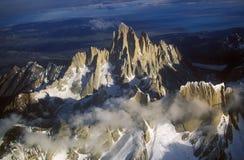 Luchtmening bij 3400 meters van Onderstel Fitzroy, Cerro Torre Waaier en de Bergen van de Andes, Patagonië, Argentinië stock afbeeldingen