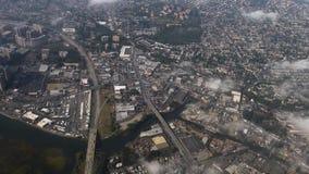 Luchtmening boven de Stadsgebied van New York stock video