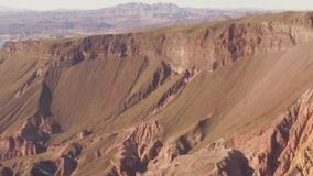 Luchtmening die over Grand Canyon vliegen stock footage