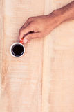 Luchtmening die van zakenman zwarte koffie houden Stock Fotografie