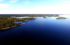 Luchtmening, het Meer Vaner, Zweden, Verlaten Eilanden van de Reisbestemming Stock Afbeelding