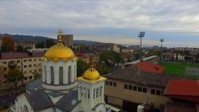 Luchtmening over de Kerk van de Aankondiging in Sukhum stock footage
