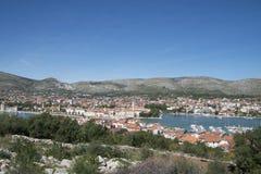 Luchtmening over de stad van Trogir in Kroatië Stock Fotografie