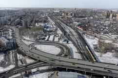 Luchtmening over M De brug van de Torezstraat Tyumen Royalty-vrije Stock Foto's