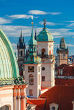 Luchtmening over Oude Stad in Praag, Tsjechische Republiek stock afbeeldingen