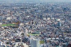 Luchtmening Tokyo bekroond woonplaatsgebied Stock Afbeelding