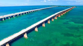 Luchtmening van Bahia Honda State Park Bridges, Florida - de V.S. royalty-vrije stock foto
