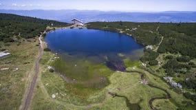 Luchtmening van Bezbog-meer in Pirin-Berg, Bulgarije Stock Afbeelding