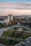 Luchtmening van dak van Voronezh-stad, vliegtuigmonument mig-21 Royalty-vrije Stock Afbeelding