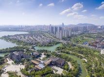 Luchtmening van de bouw van de stadswaterkant Royalty-vrije Stock Afbeelding