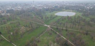 Luchtmening van de hommel hoogste mening van Londen Hyde Park het UK het Verenigd Koninkrijk royalty-vrije stock foto