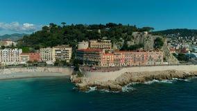Luchtmening van de kosten en de Middellandse Zee van Nice Frankrijk stock videobeelden
