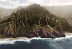 Luchtmening van de Kust van Na Pali op het eiland van Kauai, Hawaï Stock Foto