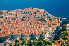 Luchtmening van de middeleeuwse Oude stad van Dubrovnik Royalty-vrije Stock Foto