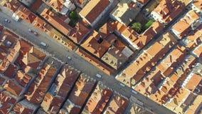 Luchtmening van de oude stad van Dubrovnik tijdens zonsopgang stock footage