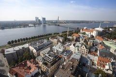 Luchtmening van de oude stad van Riga Stock Foto's