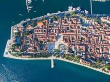 Luchtmening van de oude stad Zadar stock afbeeldingen