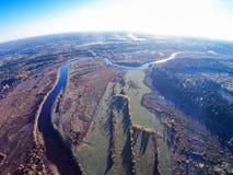 Luchtmening van de rivier Mologa dichtbij het dorp Kuznetsy stock fotografie