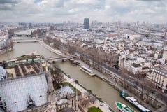 Luchtmening van de Rivier van Parijs en van de Zegen royalty-vrije stock foto