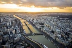 Luchtmening van de Rivier van Parijs en van de Zegen Royalty-vrije Stock Fotografie