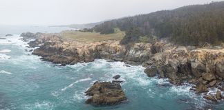 Luchtmening van de Ruwe Noordelijke Kust van Californië royalty-vrije stock fotografie