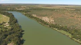 Luchtmening van de Vaal-rivier - Zuid-Afrika stock videobeelden