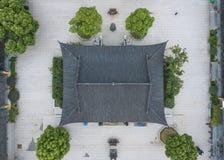 Luchtmening van een Chinese taoist tempel met eenvoudige werf Royalty-vrije Stock Afbeelding