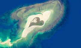 Luchtmening van een eiland in de vorm van een hart Royalty-vrije Stock Afbeelding