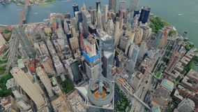 Luchtmening van Freedom Tower in de Stad van Lower Manhattannew york stock footage