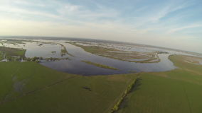 Luchtmening van groene plattelandsaard stock video