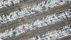 Luchtmening van groot autoparkeren stock videobeelden