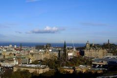 Luchtmening van het Balmoral-Hotel en de Oude Stad, Edinburgh, Schotland royalty-vrije stock foto