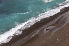 Luchtmening van het strand op Amalfi zeekust, Italië stock afbeelding