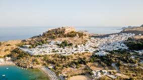 Luchtmening van historisch Dorp Lindos op Rhodes Greece Island Royalty-vrije Stock Afbeeldingen