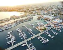 Luchtmening van Limassol Jachthaven, Cyprus royalty-vrije stock afbeelding