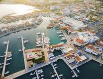 Luchtmening van Limassol Jachthaven, Cyprus royalty-vrije stock foto's