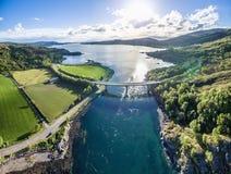 Luchtmening van Loch Creran door de Loch brug van Creran royalty-vrije stock foto