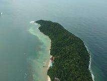 Luchtmening van Manukan-Eiland Sabah, Maleisië Duidelijke groene oceaan Het Manukaneiland is het meest bezochte eiland in Sabah H Royalty-vrije Stock Afbeeldingen
