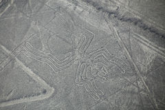 Luchtmening van Nazca-Lijnen - Spin geoglyph, Peru stock afbeeldingen