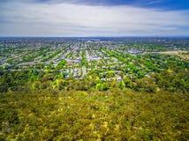 Luchtmening van park en gebied in de voorsteden in Melbourne, Australië Stock Fotografie