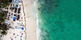 Luchtmening van Playa del Carmen openbaar strand in Quintana-roo, Mexico Stock Afbeeldingen