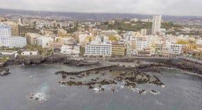 Luchtmening van Puerto de la Cruz, Tenerife Stock Foto's