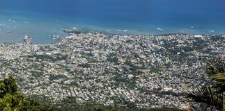 Luchtmening van Puerto Plata vanaf de bovenkant van Pico Isabel de Torre Royalty-vrije Stock Fotografie