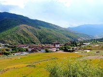 Luchtmening van Tashichho Dzong, Thimphu, Bhutan royalty-vrije stock afbeelding
