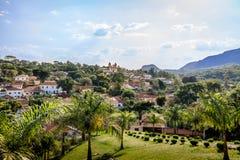 Luchtmening van Tiradentes-stad en Santo Antonio Church - Tiradentes, Minas Gerais, Brazilië royalty-vrije stock foto
