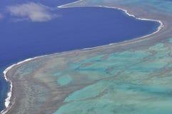 Luchtmening van turkooise wateren van de lagune van Nieuw-Caledonië royalty-vrije stock foto