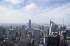 Luchtmening van Uit het stadscentrum Manhattan vanaf de Bovenkant van het Dek van de Rotsobservatie op Rockefeller-Centrum Stock Foto