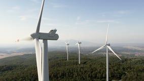 Luchtmening van windmolen stock video