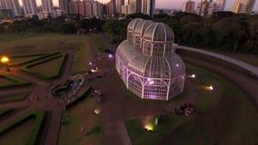 Luchtmenings Botanische Tuin, Curitiba, Brazilië Juli, 2017 stock footage