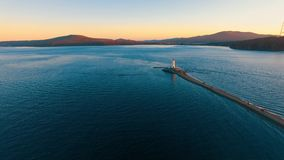 Luchtoverzicht van de Baai van Vladivostok stock footage